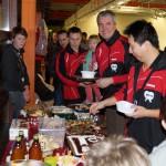 Buffet der Sportbundfamilie für den Abschied von Hao und den Geburtstag von Thomas