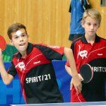 2017-10-07 Jugend-Bezirksmeisterschaften in der Halle Nord (23) Luca Pollich Jonathan Fuchs
