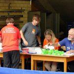 2017-10-07 Jugend-Bezirksmeisterschaften in der Halle Nord (5) Turnierleitung Gisela Gaa