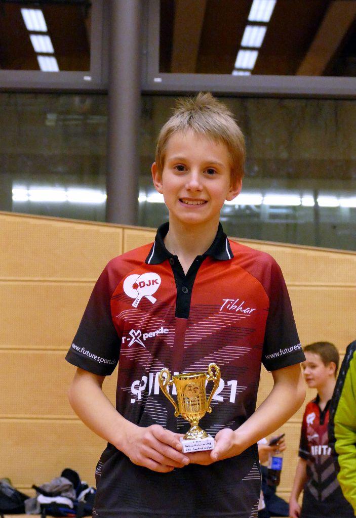 2018-12-21 Jugend Weihnachtsfeier Jonathan Fuchs (106)